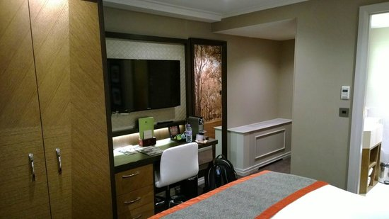 DoubleTree by Hilton - London Hyde Park: Room view#1