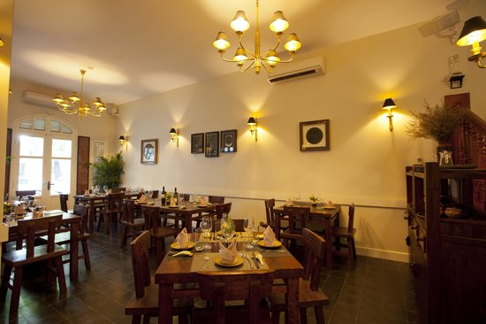Indochine Restaurant Inside