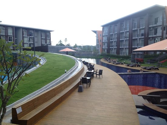 Replay Residence and Pool Villa : Pool