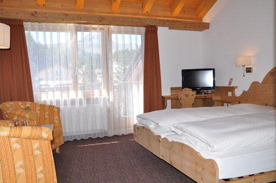 Hotel Seraina : Doppelzimmer mit Balkon