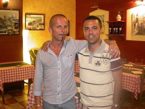 Piazza Grande: io e il propietario Angelo