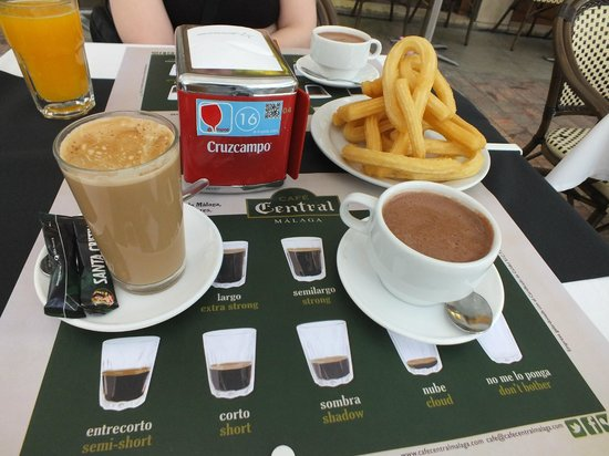 Cafe Central: Churros y Chocolate