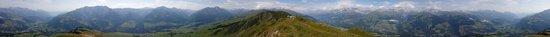 Hotel Surselva: 360° Panorama vom Piz Mundaun Sommer