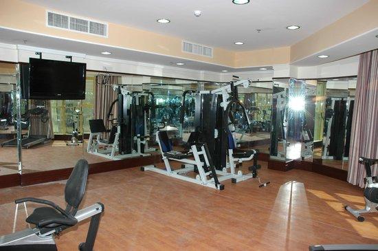 Marina Tower Hotel: gym