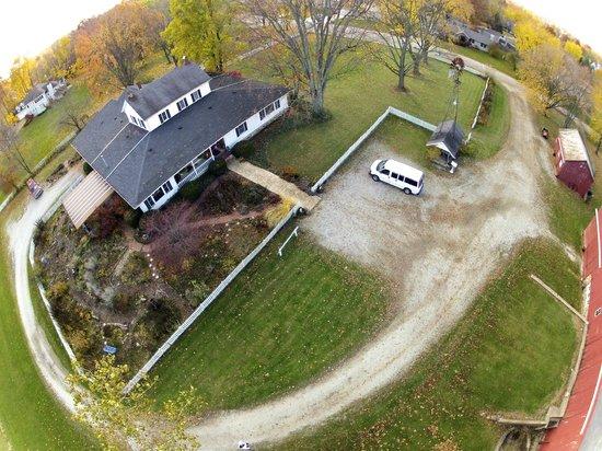 Olde Buffalo Inn B&B : Aerial Photos by Birdiecam