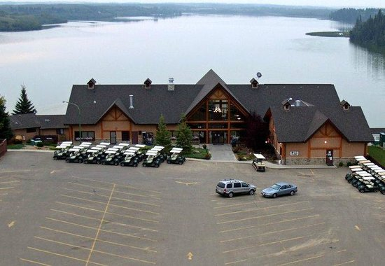 Pine Lake, Canadá: Whispering Pines Golf & Country Club Resort