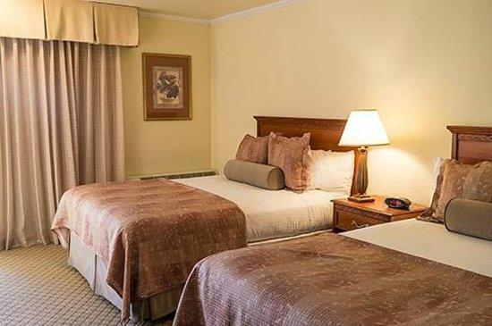 Best Western Plus Royal Oak Hotel : Twin bedroom