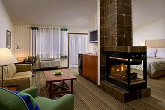 Four Points by Sheraton Prince George : Suite