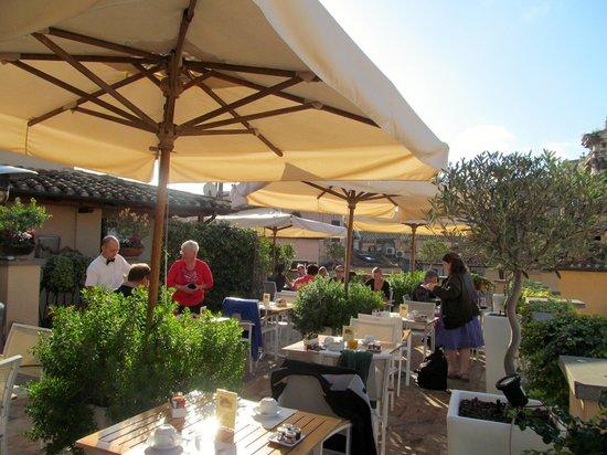 Albergo Cesari: part of the roof top restaurant