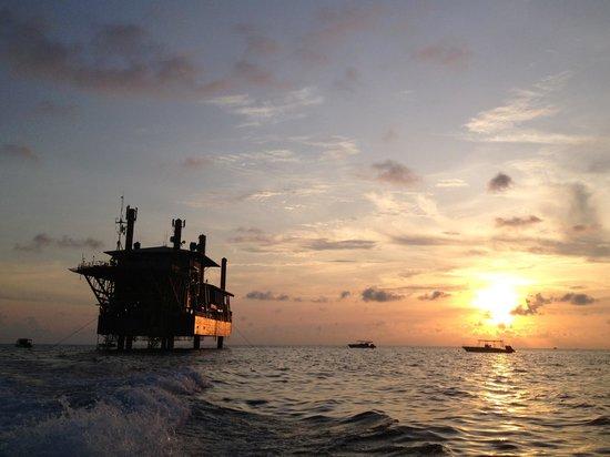 Seaventures Dive Rig: Sun rising as we set off at 6am to Sipadan