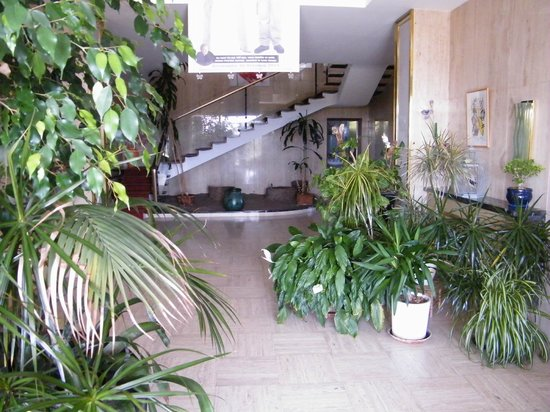Villa ayrault b b ch tillon sur thouet voir les tarifs for Prix piscine chatillon