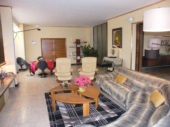 Villa Ayrault : SALLE DE SEJOUR