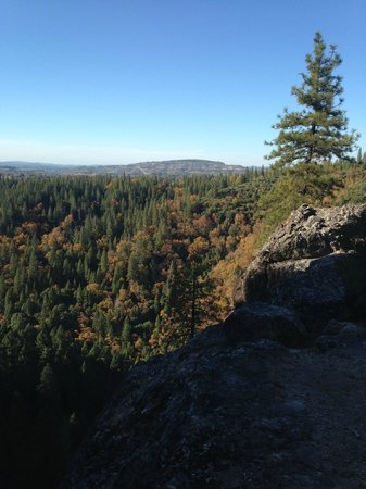 Arnold Rim Trail: View from San Antonio Falls Overlook