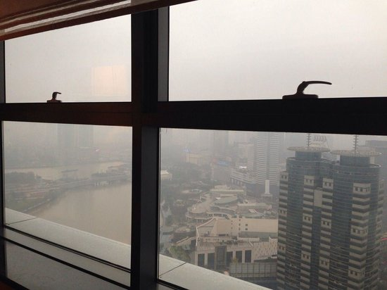 Ningbo Marriott Hotel : Room river view