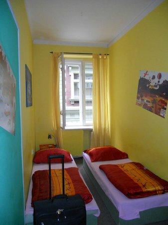 Old Prague Hostel: Zweibettzimmer