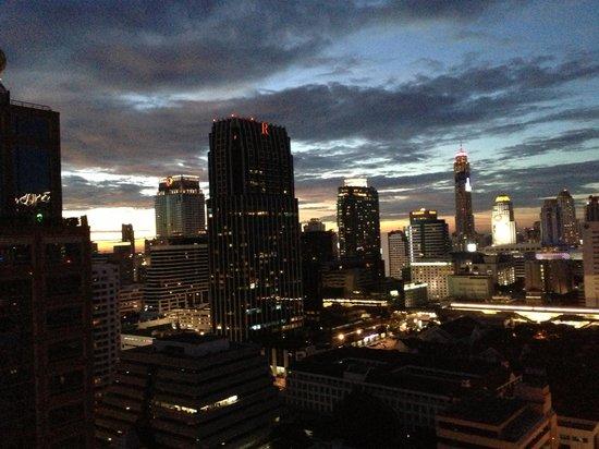 Hotel Muse Bangkok Langsuan - MGallery Collection: View from rooftop bar