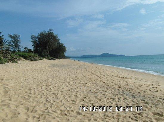 Mai Khao Beach: Beautiful