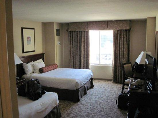 Monte Carlo Resort & Casino: MC room 10/13