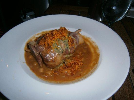 Table Restaurant Creekside : Pork shank