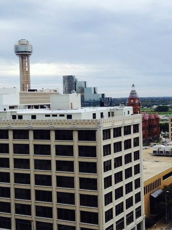Crowne Plaza Hotel Dallas Downtown : View from room