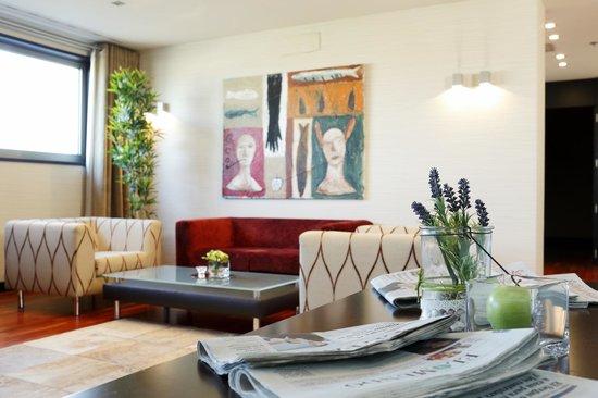 Hotel attica 21 la corogne espagne voir les tarifs 7 for Chambre 507 avis