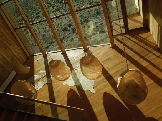Tierra Patagonia Hotel & Spa: Eggs Lounge