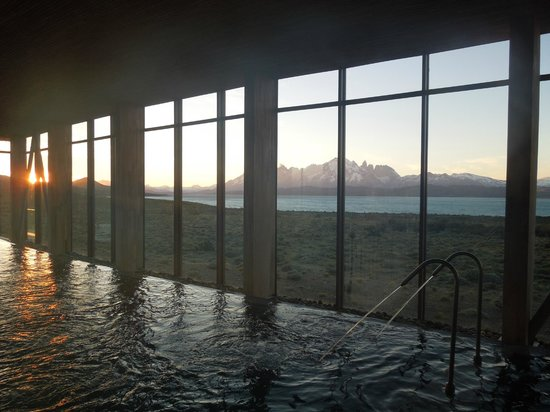 Tierra Patagonia Hotel & Spa : Swiming Pool