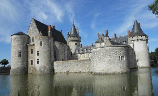 Château de Sully-sur-Loire : Castle