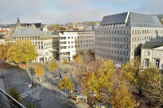 Hotel Ibis Liege Centre Opera: 2013-11-11  Vue de la chambre  Province de Liège - H&M - C&A - Place de la République Française