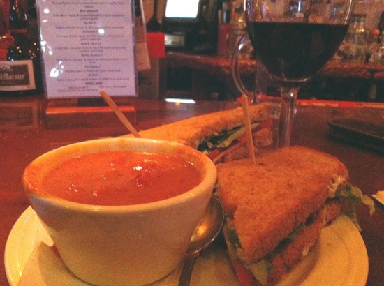 Ventura Harbor Village : 805 Wine Bar - Tomato Soup & BLAT Panini (yum!)