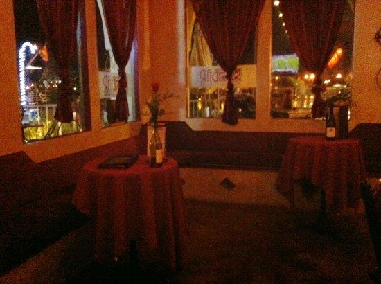 Ventura Harbor Village : 805 Wine Bar - Inside Harborview Seating
