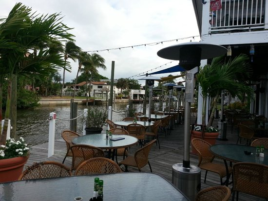 Matanzas on the Bay: Outside seating