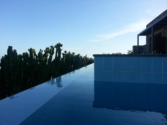 Daios Cove Luxury Resort & Villas: View from the edge of our private pool (yes it was very cold taking this photo)