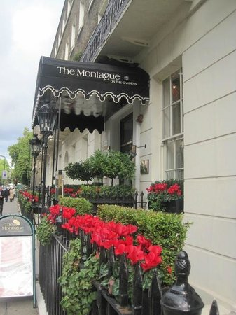 The Montague on The Gardens: Perfect street appeal