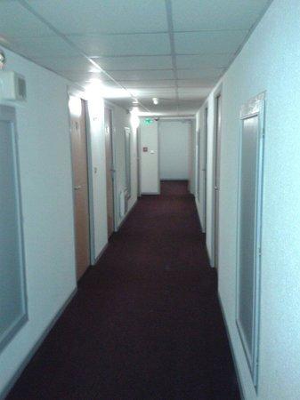 Comfort Hotel Garden Lille Tourcoing : Couloir etage2