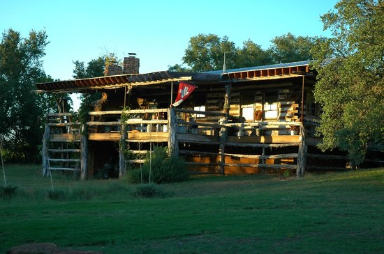 Barons CreekSide: beautiful house