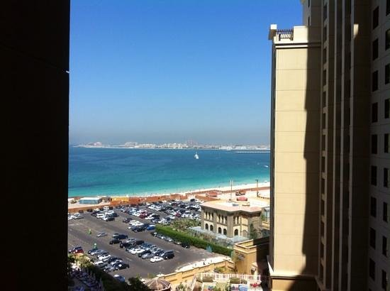 Jumeirah Beach Dubai Amwaj Rotana Hotel