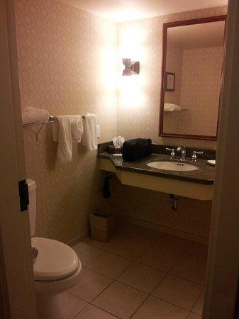 St. Eugene Golf Resort & Casino : Bathroom 2