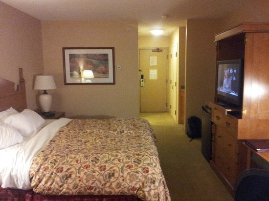 St. Eugene Golf Resort & Casino: Room 1