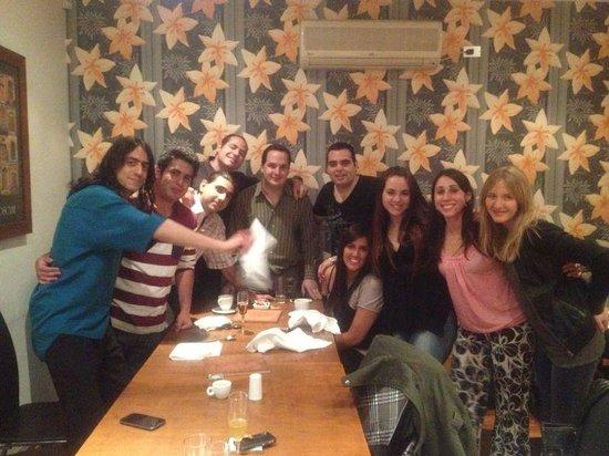 Torano Restoran : en torano con gente que amo