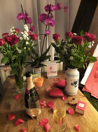 Tulip of Amsterdam B&B: Arrangement zur Verlobung