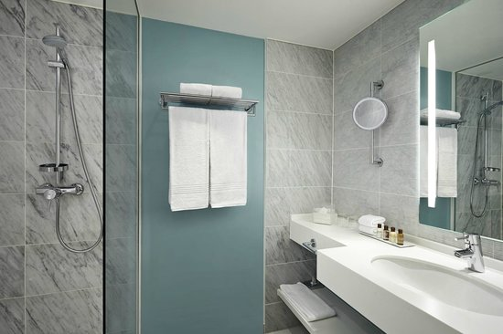 Sheraton Stockholm Hotel: Marbled bathrooms in a Scandinavian design