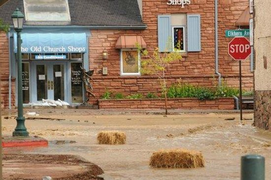 Spruce Lake RV Park: Downtown Estes park flood
