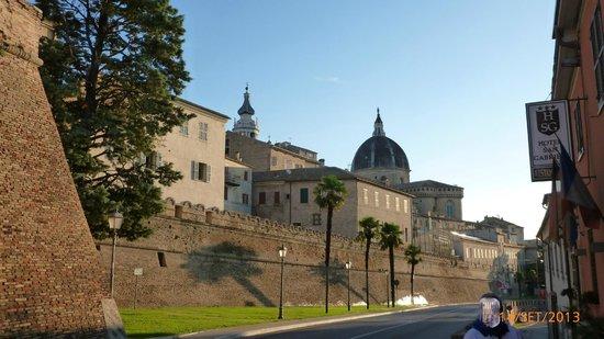 San Gabriele Hotel: Direzione Santuario