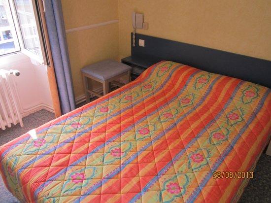 Hôtel du Palais : Bed
