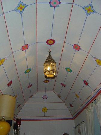 Riad El Arsat: un plafond pour faire de beaux rêves...