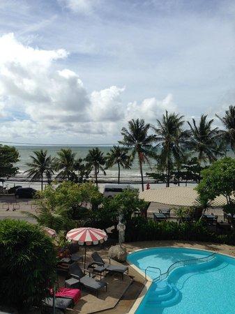 The Bliss South Beach Paton : Вид с балкона