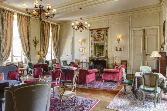 Château d'Etoges : Grand salon du Chateau d Etoges en CHampagne