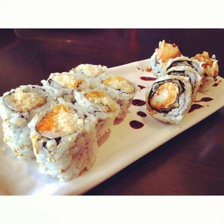 Tokyo Maki Sushi Crunchy Roll Crispy Salmon