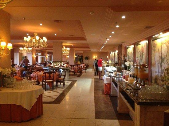 Gran Hotel Elba Estepona & Thalasso Spa: Beautiful dining hall